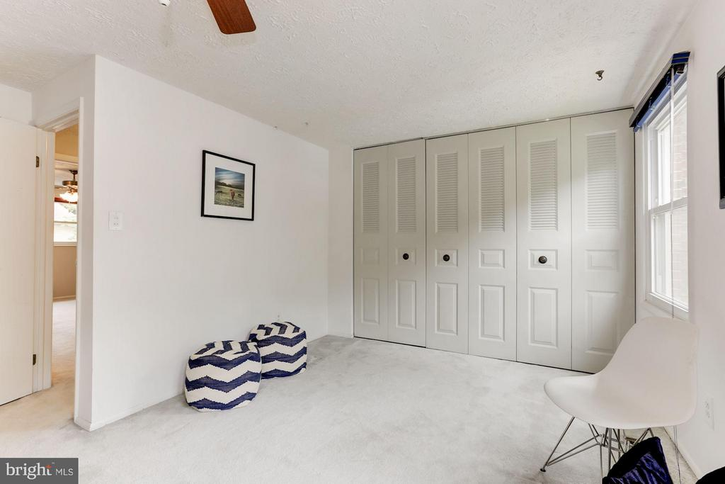 Bedroom (Master) - 6823 MONTIVIDEO SQUARE CT, FALLS CHURCH
