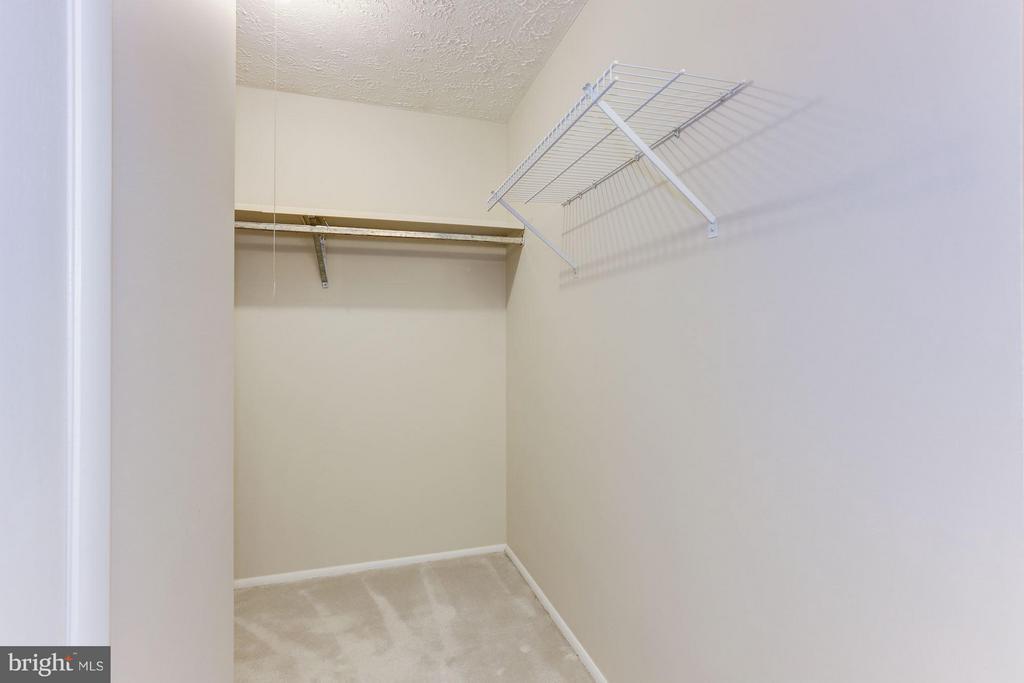 Walk-in closet - 6823 MONTIVIDEO SQUARE CT, FALLS CHURCH