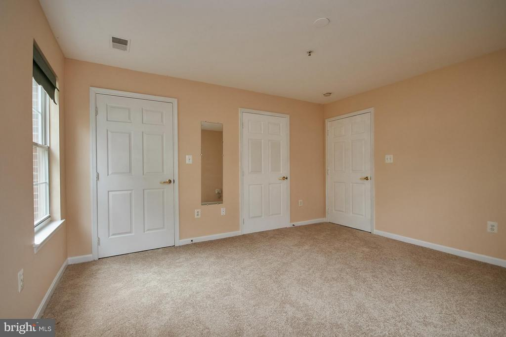 Bedroom (Master) - 645 CONSTELLATION SQ SE #A, LEESBURG