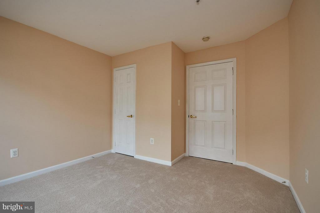 Fresh Paint and Cleaned Carpet - 645 CONSTELLATION SQ SE #A, LEESBURG