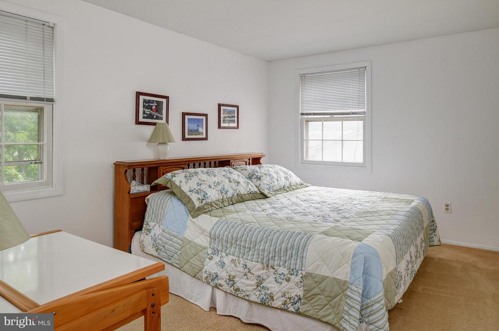 Bedroom - 4415 MIDSTONE LN, FAIRFAX