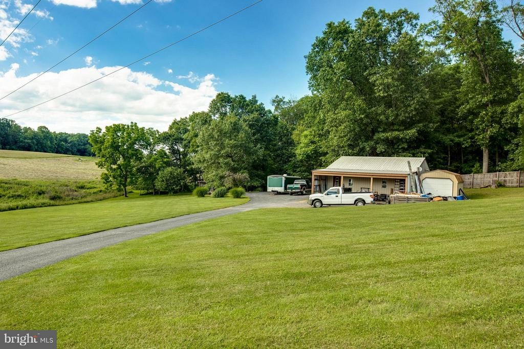 Exterior (Rear) - 6516 FORDICE DR, MOUNT AIRY