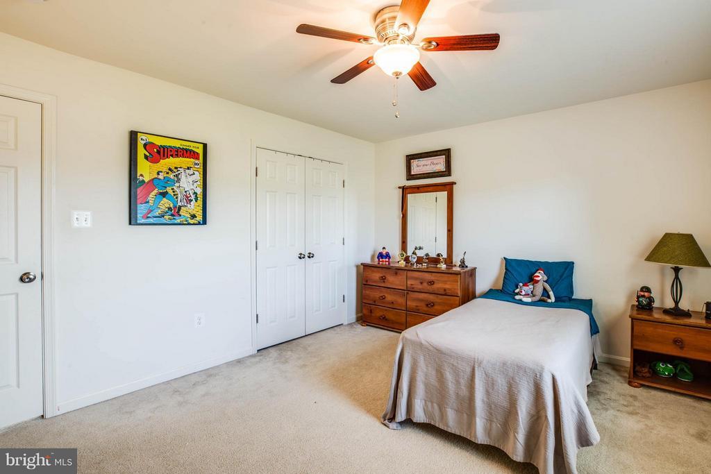 Bedroom 2 - 4 WIZARD CT, STAFFORD