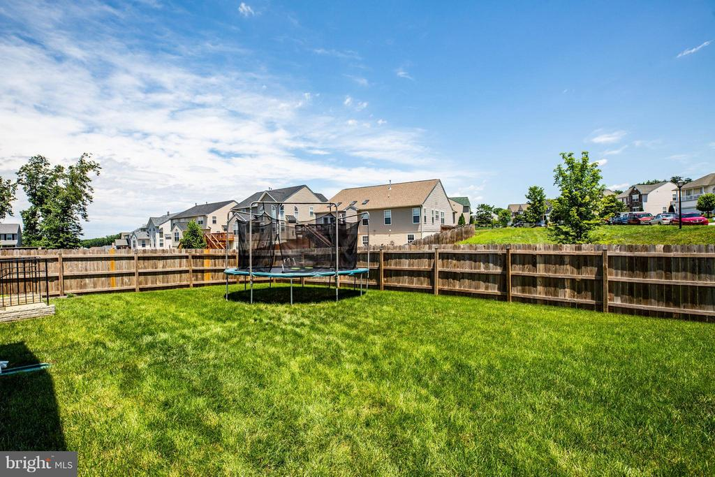Large Level Lot great for inground pool! - 4 WIZARD CT, STAFFORD