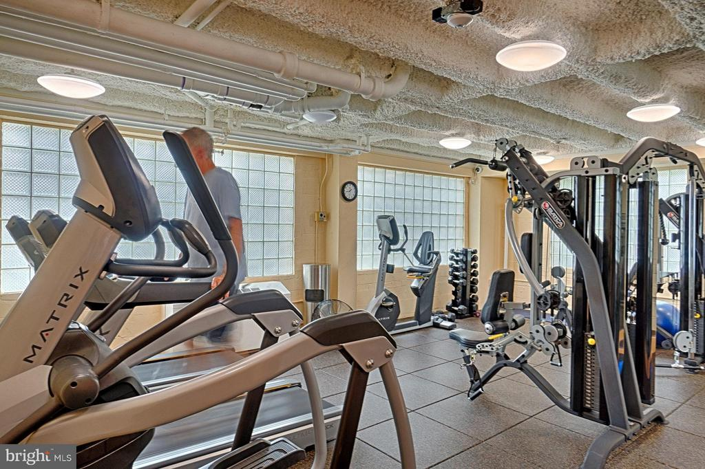 Exercise Room - 5410 CONNECTICUT AVE NW #916, WASHINGTON