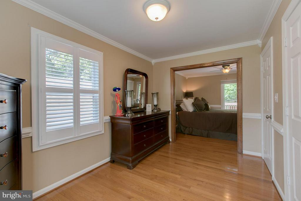 Sitting  Room Adjacent to MBR - 9 CLOVER HILL DR, STAFFORD