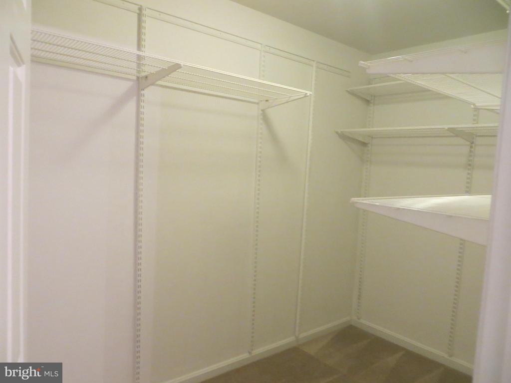 Master walk in closet - 111 SUNSET CT, LOCUST GROVE