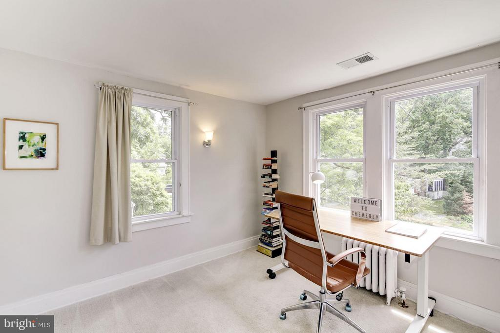 Third bedroom/office - 3403 CHEVERLY AVE, CHEVERLY