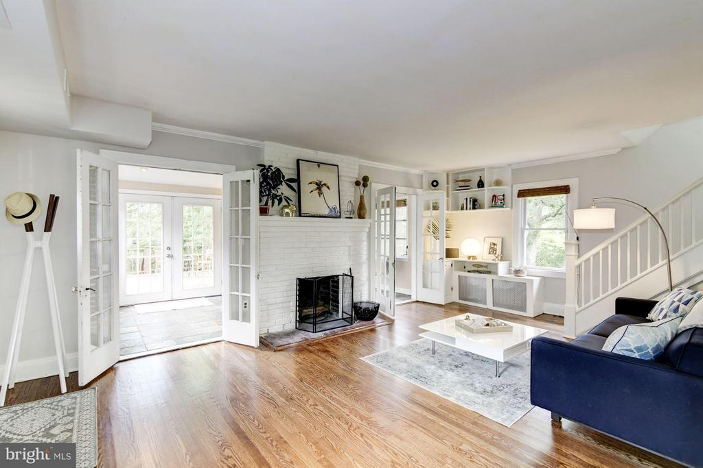 Living Room with french doors out to sunroom - 3403 CHEVERLY AVE, CHEVERLY