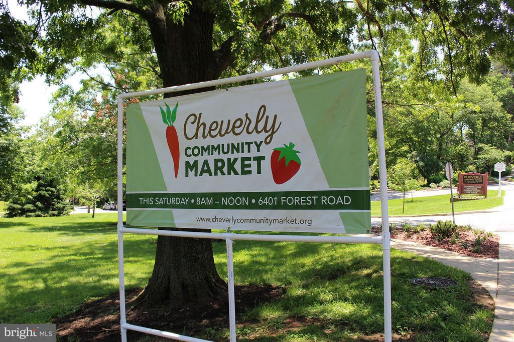 Popular farmers market - 3403 CHEVERLY AVE, CHEVERLY