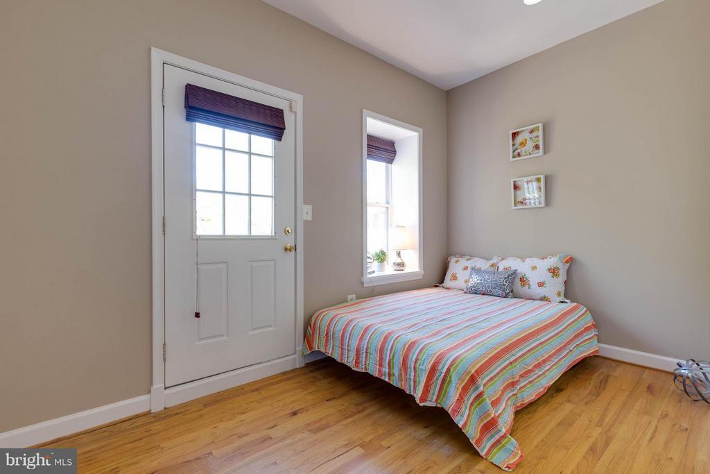 2nd bedroom - 223 FLORIDA AVE NW #4, WASHINGTON