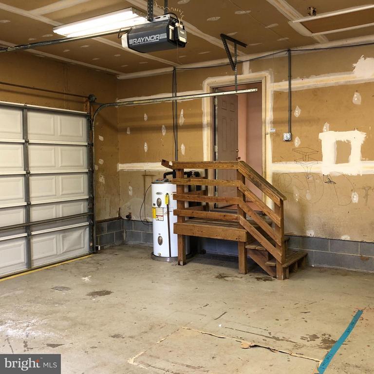 View garage to landing - 10914 PEACH TREE DR, FREDERICKSBURG