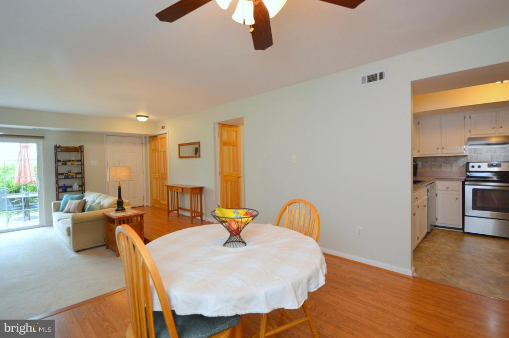 Dining Room - 9156 BROKEN OAK PL #81A, BURKE