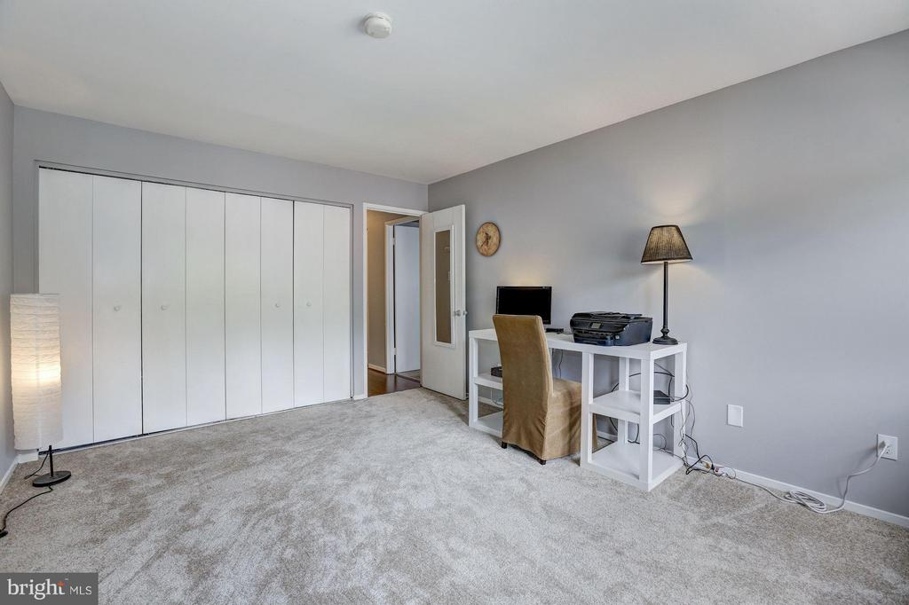 Great closet space in the 2nd bedroom - 1675 PARKCREST CIR #400, RESTON