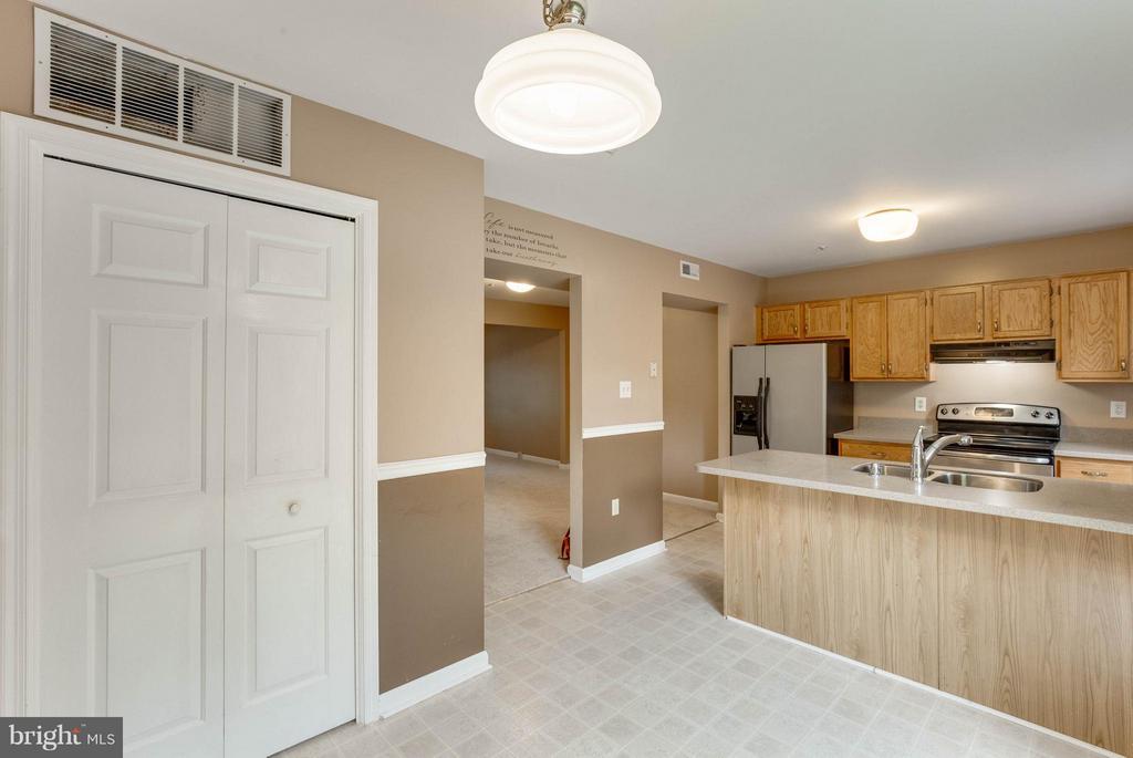 Kitchen large pantry - 2239 WETHERBURNE WAY, FREDERICK