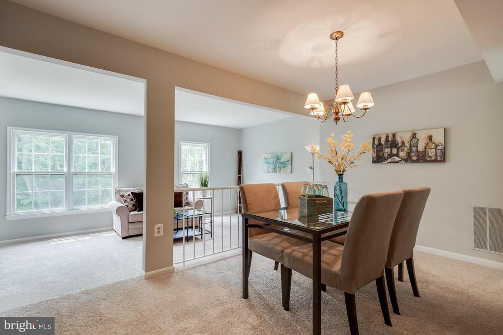 Open concept floor plan - 11922 GLEN ALDEN RD, FAIRFAX