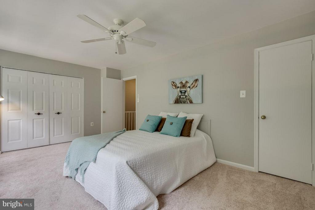 Master bedroom with two more closets - 11922 GLEN ALDEN RD, FAIRFAX