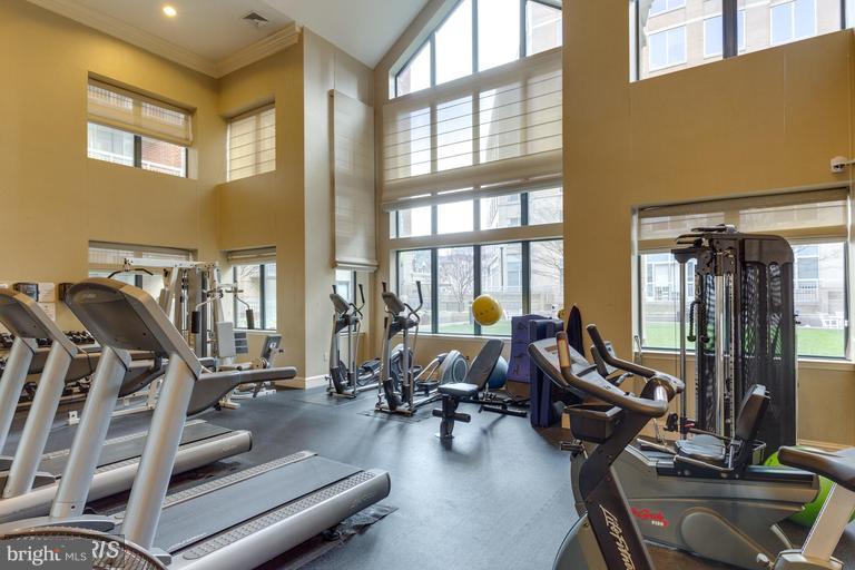 Fitness Center - 3835 9TH ST N #507E, ARLINGTON