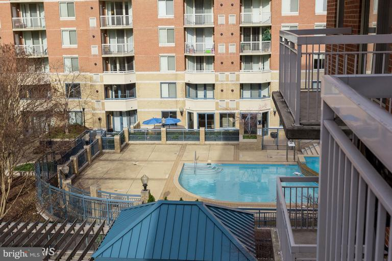 Swimming Pool - 3835 9TH ST N #507E, ARLINGTON