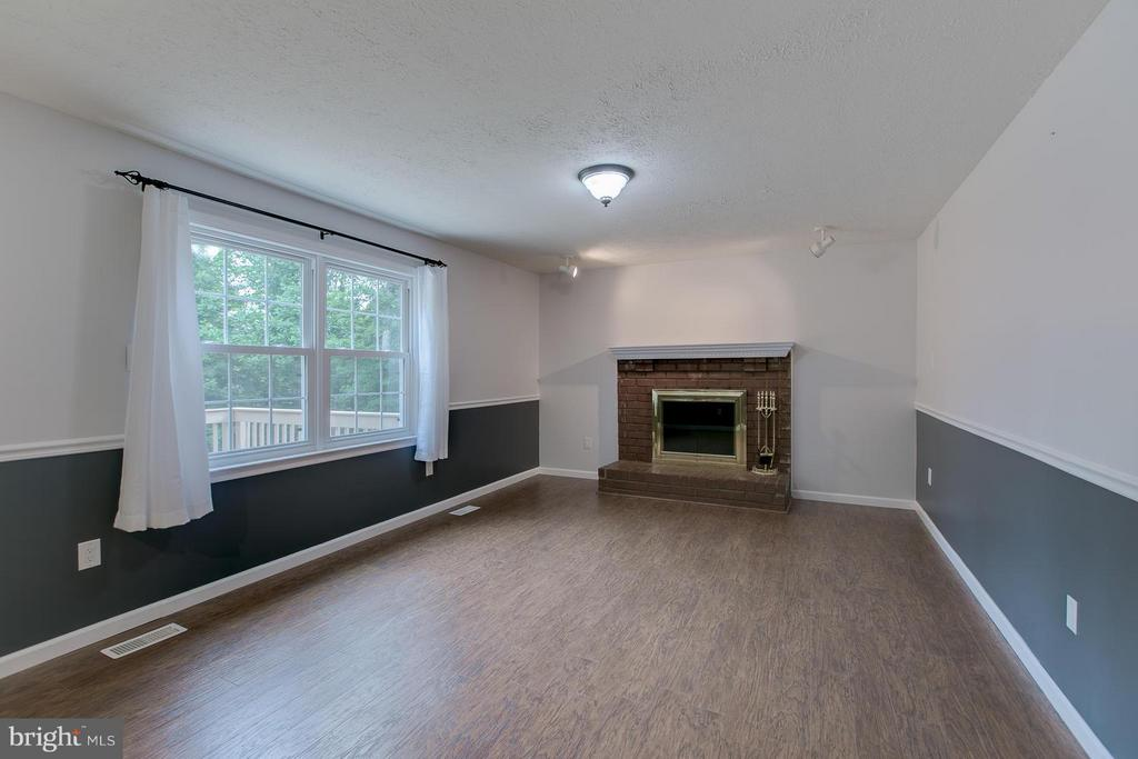 Family Room with Wood Burning Fire Place - 12 KNIGHTSBRIDGE WAY, STAFFORD