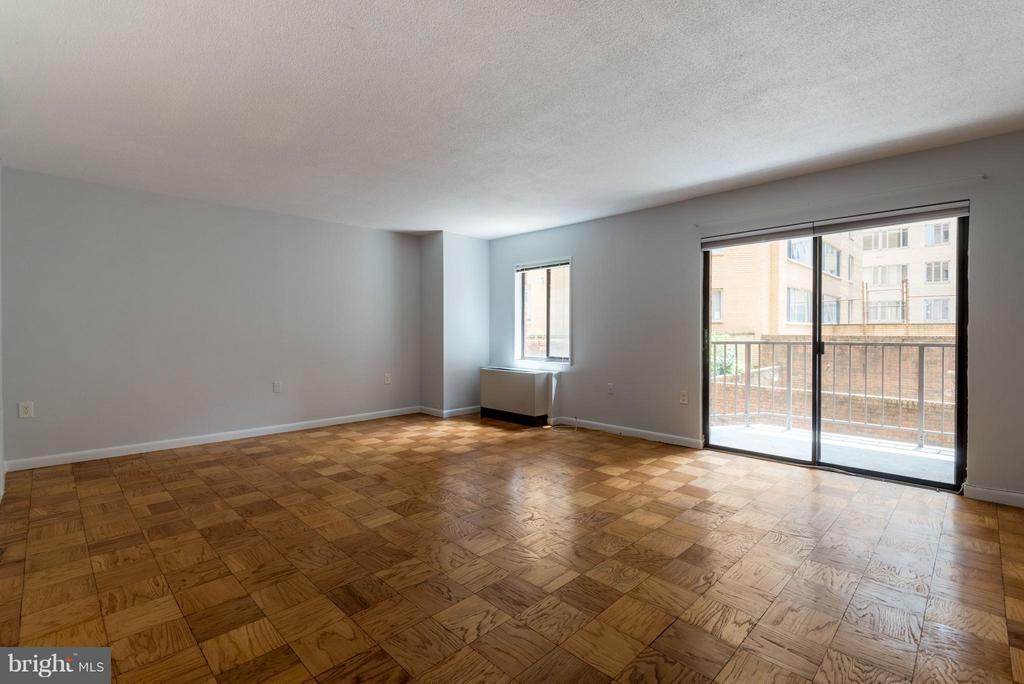 Living Room - 1718 P ST NW #L5, WASHINGTON