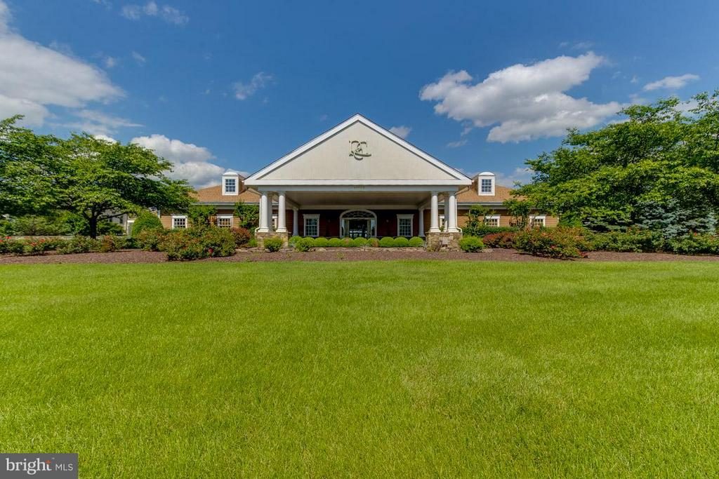 State of the Art Country Club on the Potomac River - 43416 WESTCHESTER SQ, LEESBURG