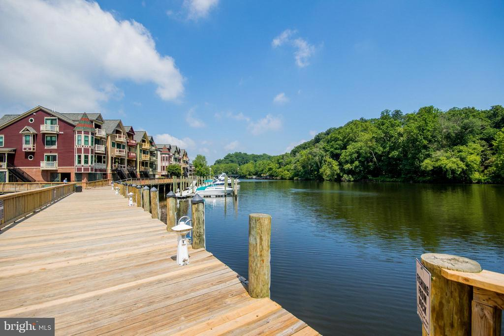 Enjoy kayaking, fishing, boating - 12601 HALL ST, WOODBRIDGE