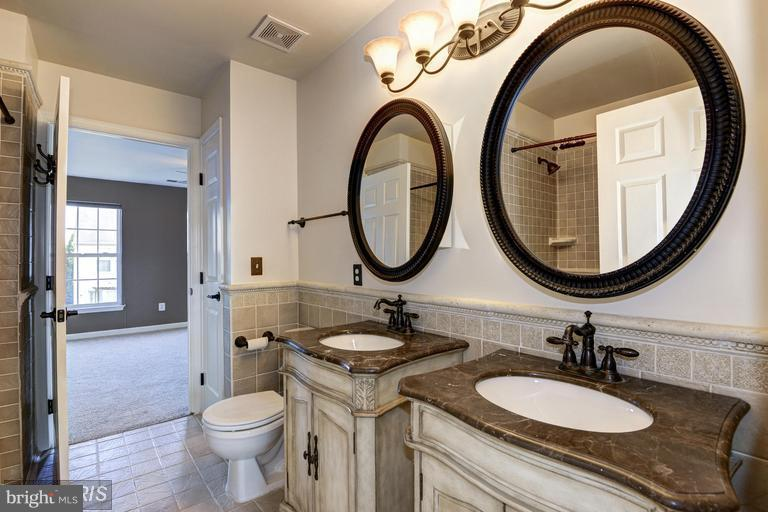 Master Bathroom - 44481 POTTER TER, ASHBURN