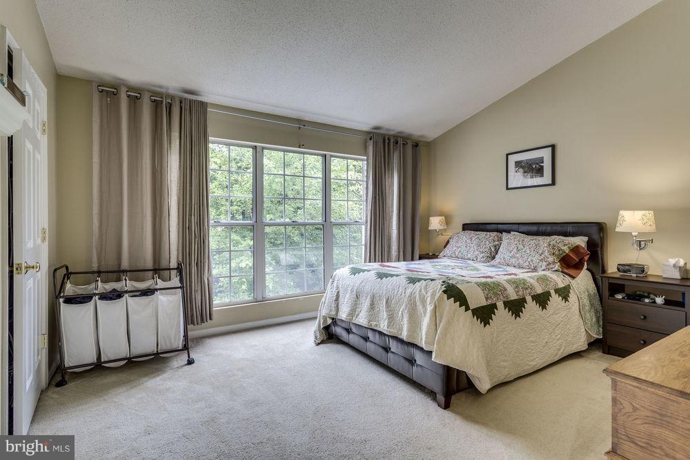 Bedroom (Master) - 7107 STRAWN CT, ALEXANDRIA