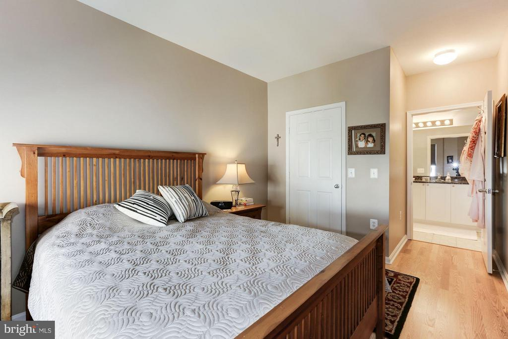 Master bedroom - 9490 VIRGINIA CENTER BLVD #343, VIENNA