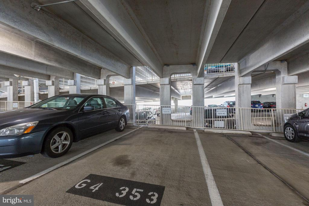 Reserved parking spot 2/2 (TWO spots convey) - 9490 VIRGINIA CENTER BLVD #343, VIENNA