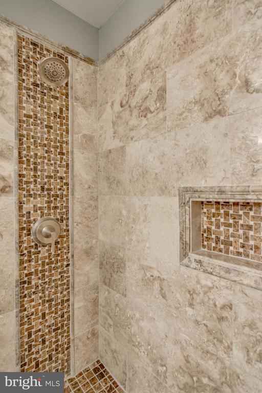Master Bath Marble Shower - 5172 TILBURY WAY, WOODBRIDGE