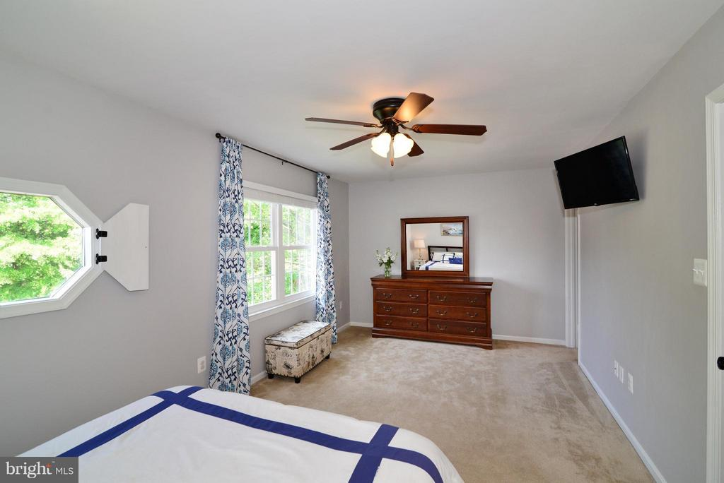 Bedroom (Master) - 930 SMARTTS LN NE, LEESBURG