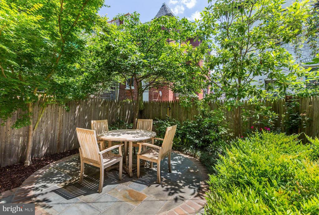 Private Rear Patio (2 of 3) - 764 HARVARD ST NW, WASHINGTON