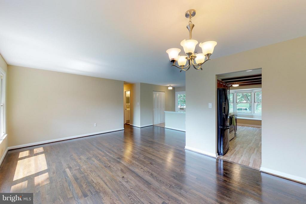 Family Room - 11411 ORLEANS WAY, KENSINGTON