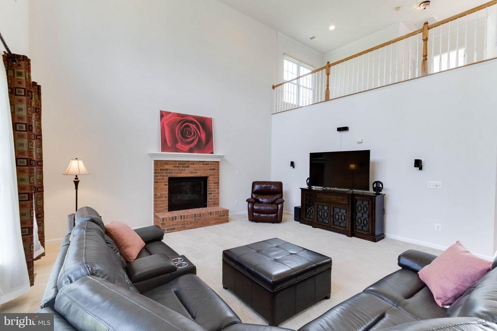 Loft overlooks Great Room - 25287 JUSTICE DR, CHANTILLY