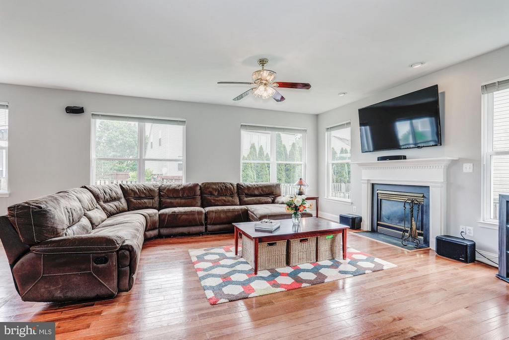 Family Room with Gas Fireplace - 5109 WHISPER WILLOW DR, FAIRFAX
