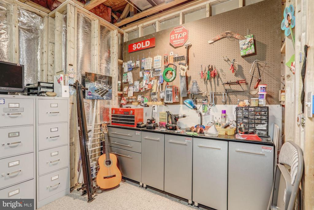 Basement// Additional Tool-Storage Space - 5109 WHISPER WILLOW DR, FAIRFAX