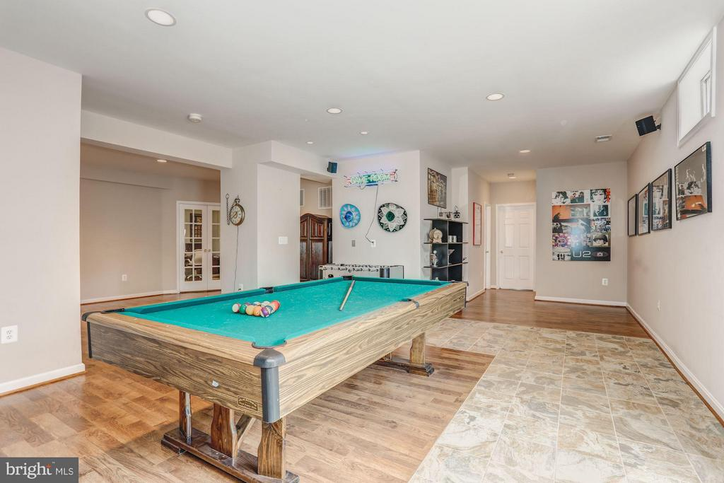 Basement fully finished - 5109 WHISPER WILLOW DR, FAIRFAX