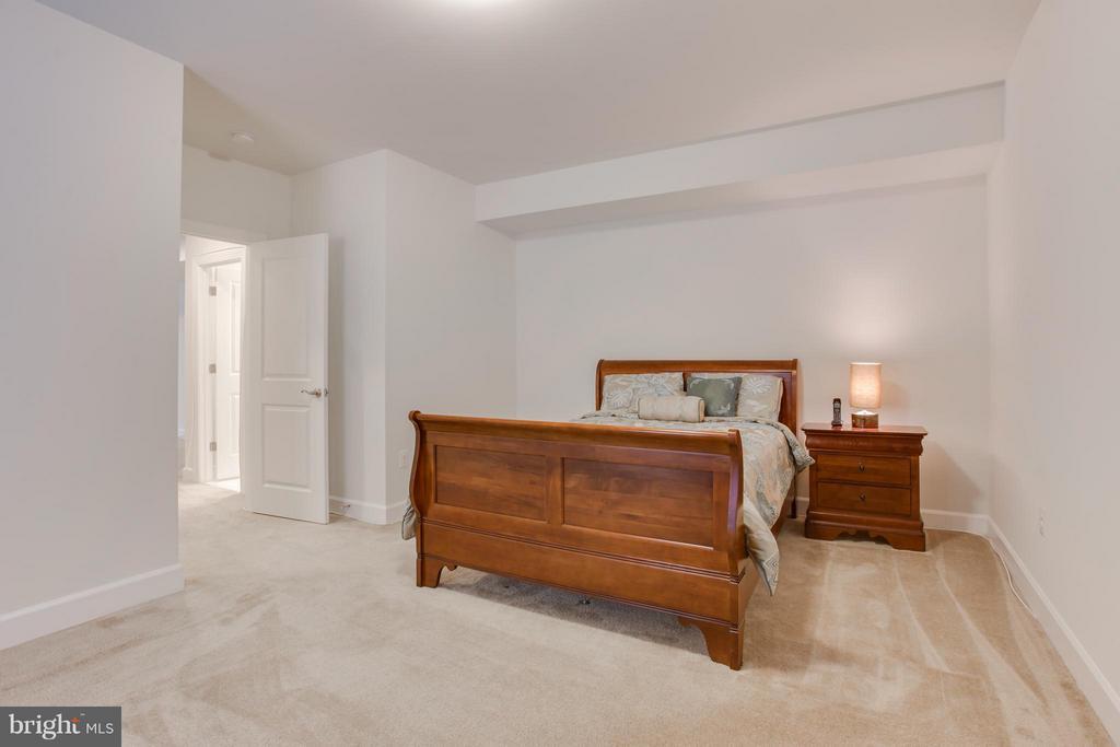 Bedroom 4 - 9 ECHOLS LN, STAFFORD