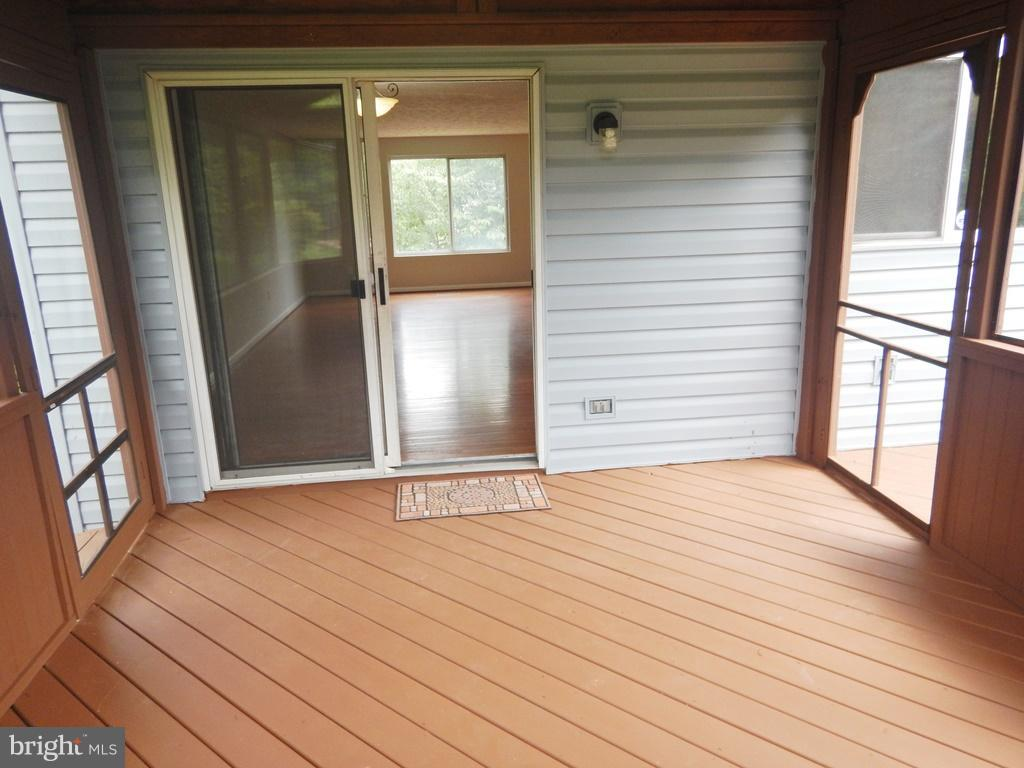 View of Sliding Glass Doors from DR to Porch - 5700 TENDER CT, SPRINGFIELD