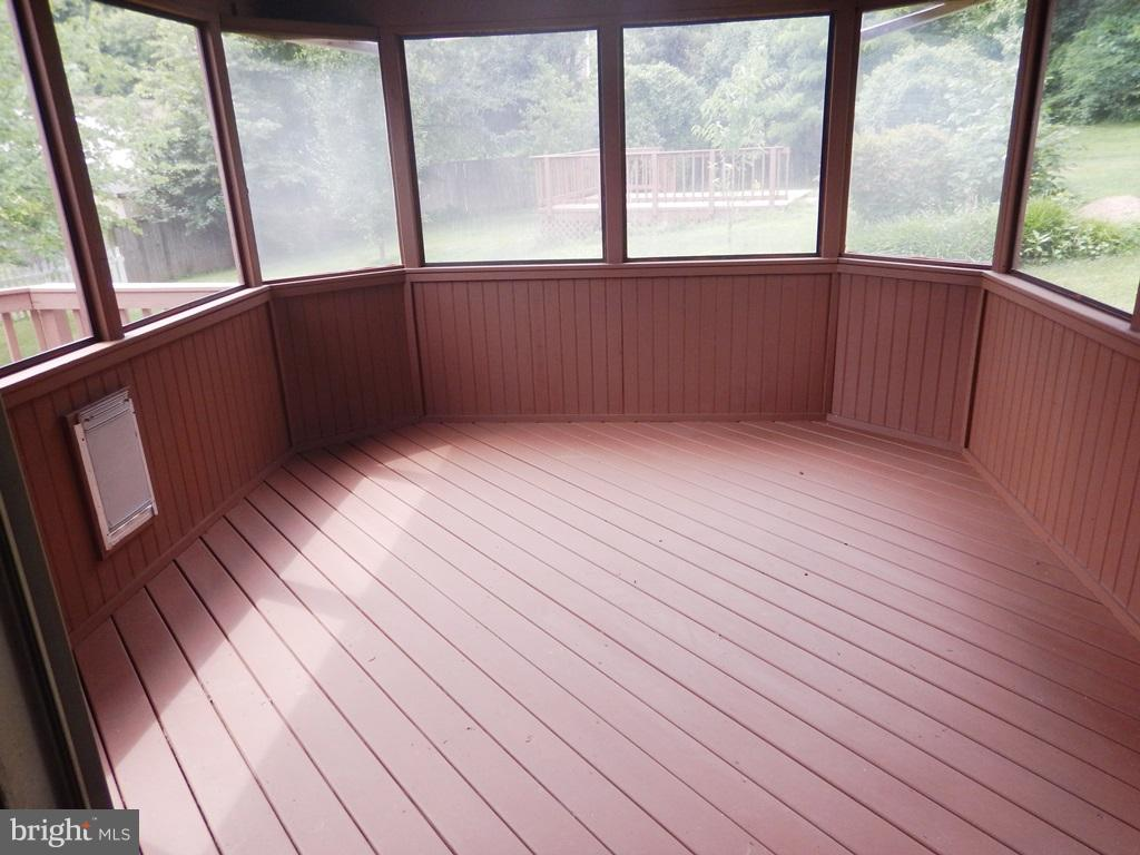 Screened Porch off Dining Room - 5700 TENDER CT, SPRINGFIELD