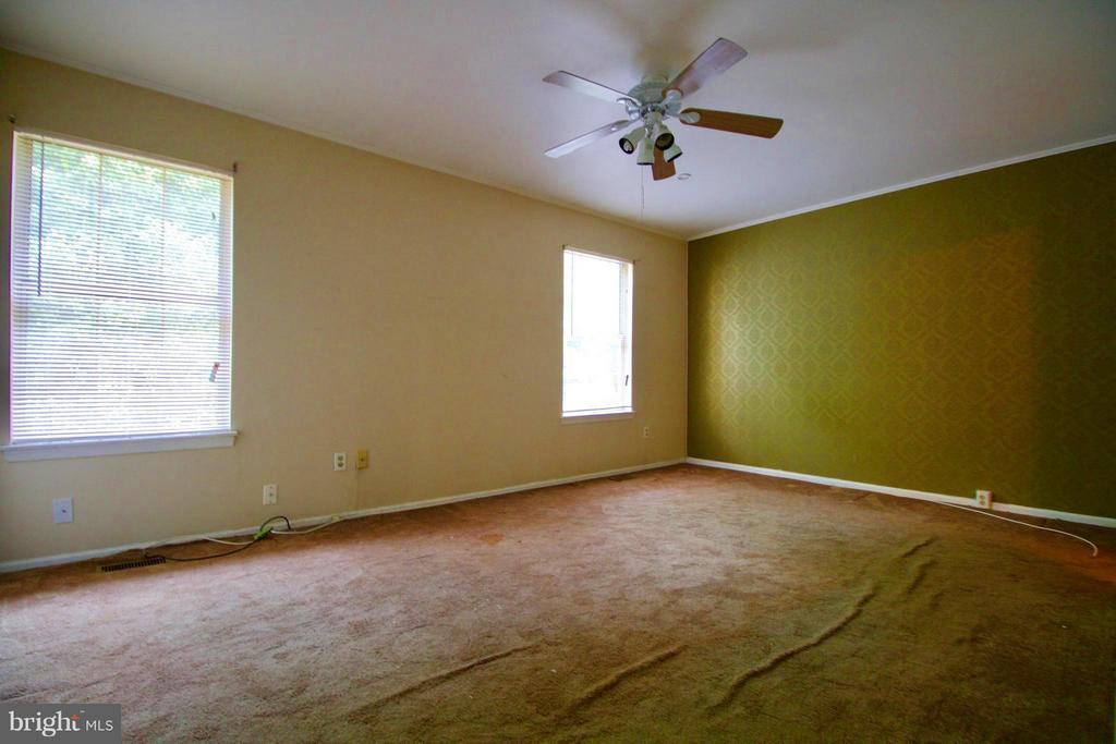 Bedroom (Master) - 7427 COURTLAND CIR, MANASSAS