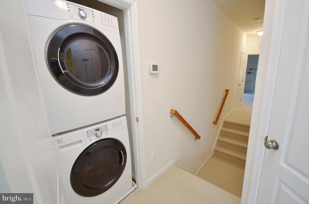 Washer & Dryer in the Home - 19442 DIAMOND LAKE DR #19442, LEESBURG
