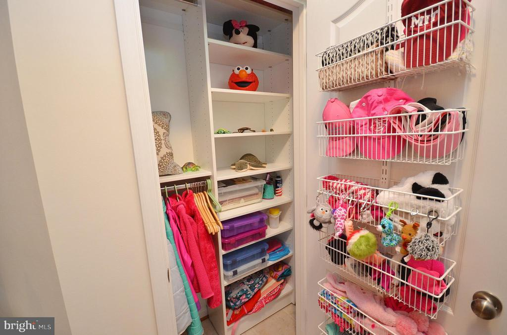 All Closets Updated - 19442 DIAMOND LAKE DR #19442, LEESBURG