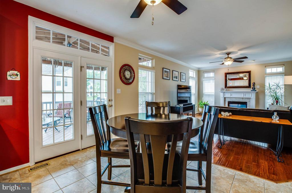 Extended living! French doors to screened porch - 4 KLINE CT, STAFFORD
