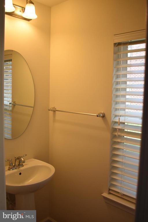 1st Floor Half Bath - 21641 ROMANS DR, ASHBURN
