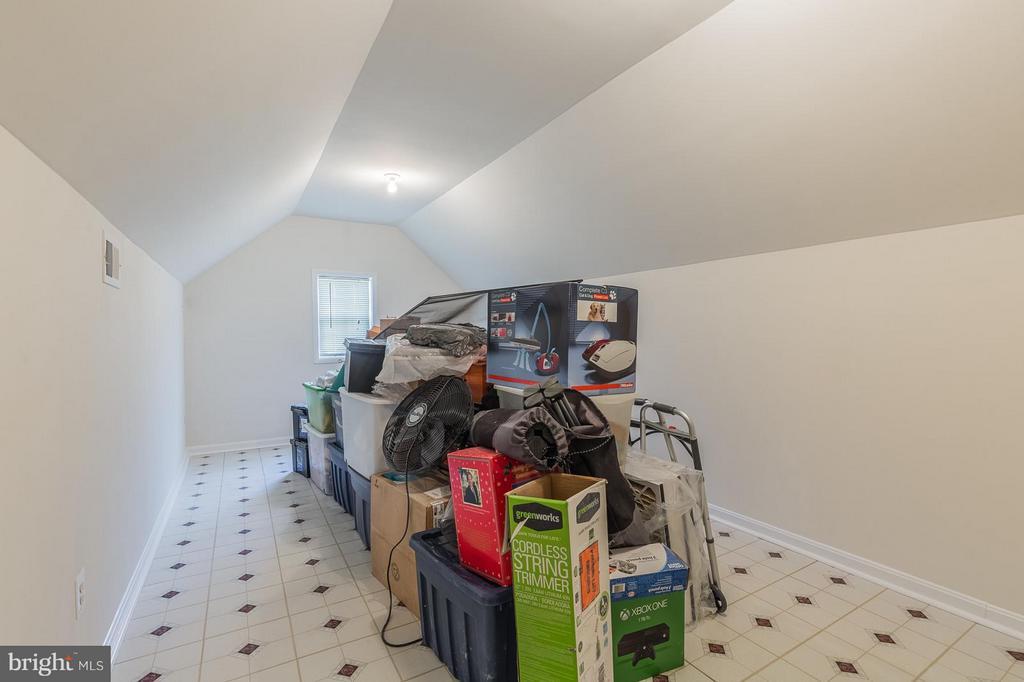 Storage Room Above Garage - 3700 GREY GHOST CT, DUMFRIES