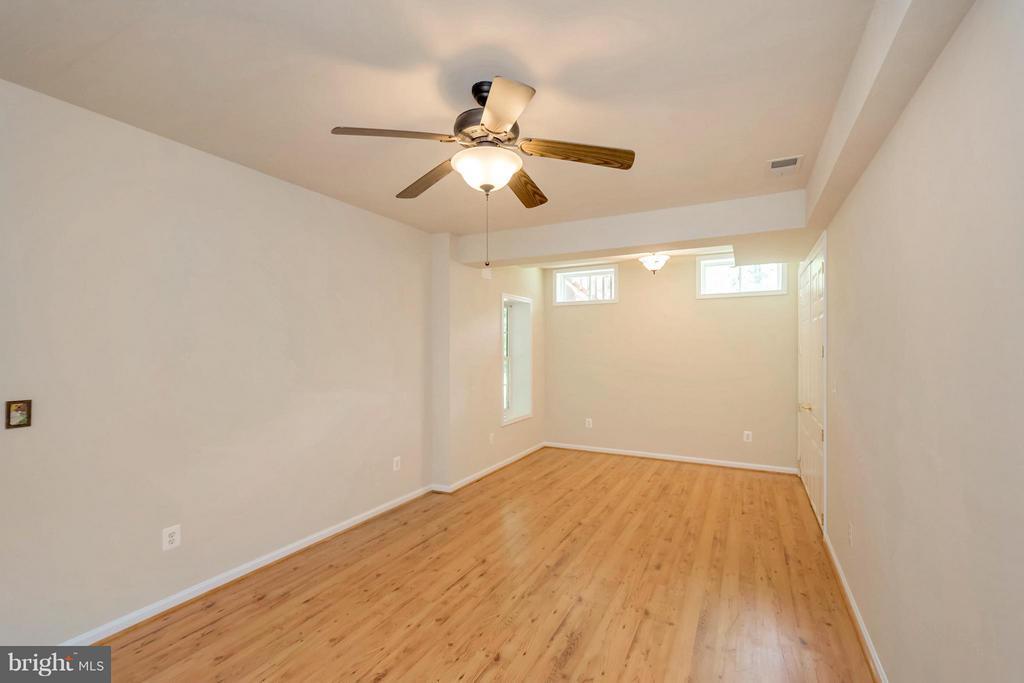 Lower Level Bedroom or Office - 13200 CHANDLER CT, FREDERICKSBURG