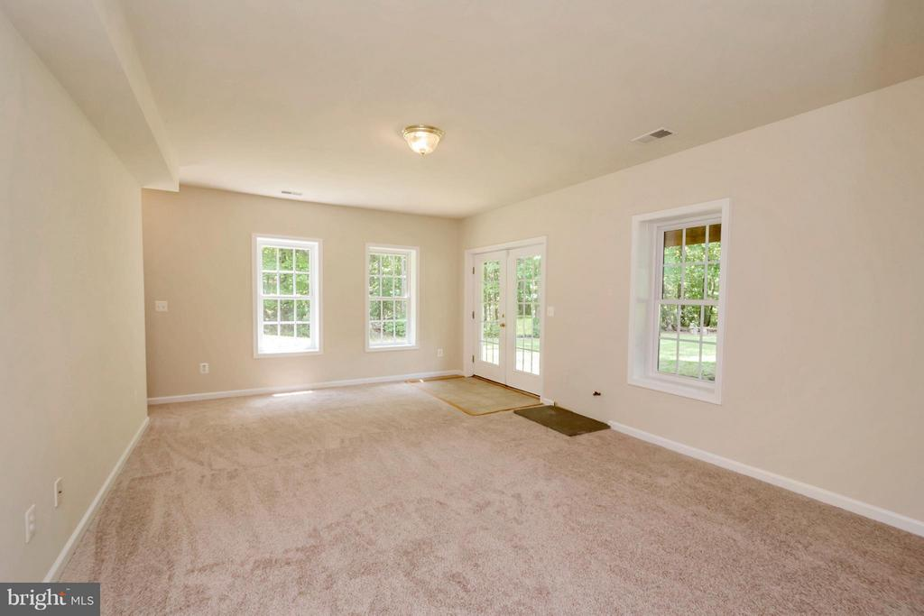 Second Family Rm in basement w/Fireplace hookup - 13200 CHANDLER CT, FREDERICKSBURG